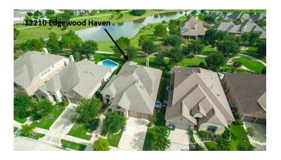 Cypress Single Family Home For Sale: 12210 Edgewood Haven Drive