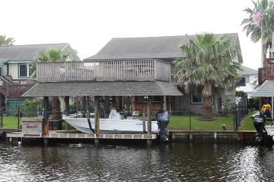 Bayou Vista Single Family Home For Sale: 1011 Redfish Street