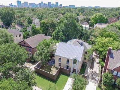 Houston Single Family Home For Sale: 2323 Sunset Boulevard