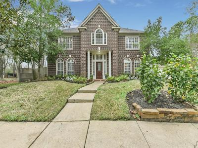 Pasadena Single Family Home For Sale: 16903 Walnut Pond Court