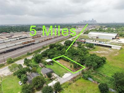 Harris County Residential Lots & Land For Sale: 6104 Salina Street