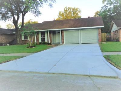 Single Family Home For Sale: 13307 Villagrove Drive