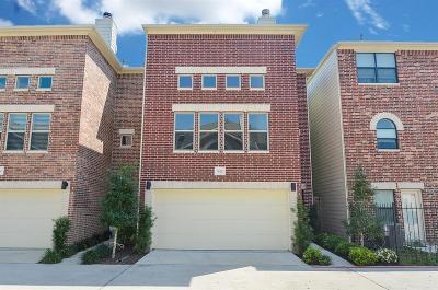 Harris County Single Family Home For Sale: 3628 Main Plaza Drive