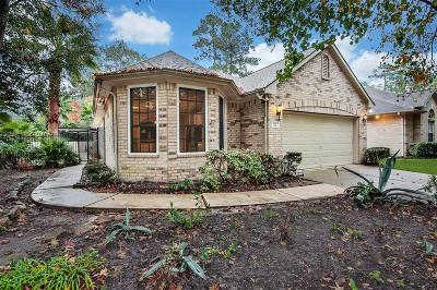 Conroe Single Family Home For Sale: 22 Charter Club Drive