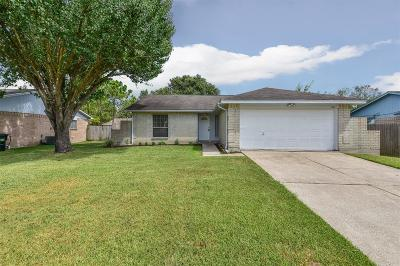 League City TX Single Family Home For Sale: $159,900