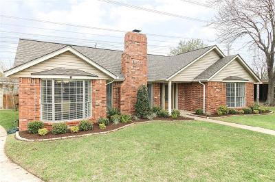 Deer Park Single Family Home For Sale: 1921 Woodcrest Drive