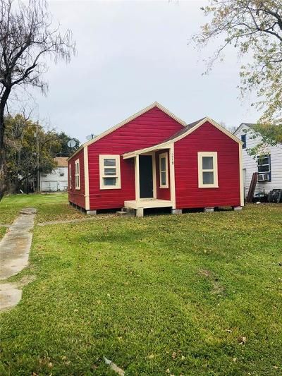 Texas City Single Family Home For Sale: 218 2nd Avenue N