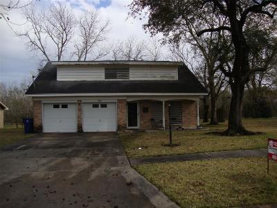 Texas City Single Family Home For Sale: 214 Lantana Drive