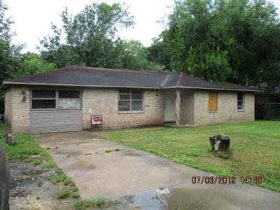 League City Single Family Home For Sale: 406 El Toro Street