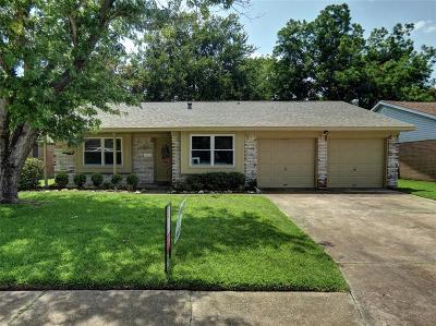 Deer Park Single Family Home For Sale: 4214 Iris Lane