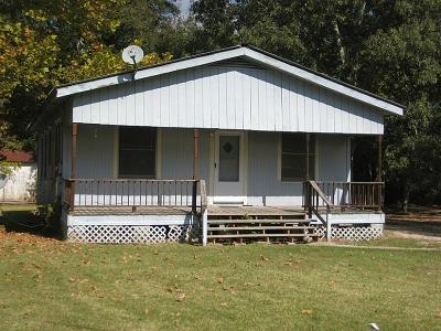 Single Family Home For Sale: 105 League Street