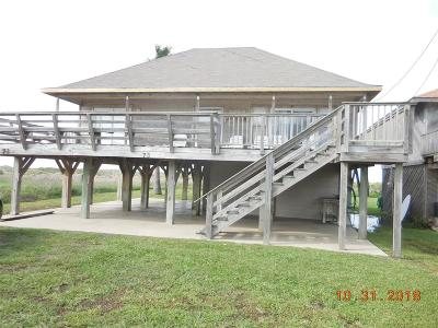 Matagorda Single Family Home For Sale: 423 Beachfront Drive