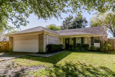 Sugar Land Single Family Home For Sale: 4018 Issacks Way
