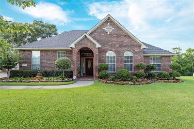 Baytown Single Family Home Option Pending: 311 Oaks Grande Road
