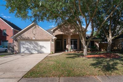 League City Single Family Home For Sale: 606 Canyon Crest Drive
