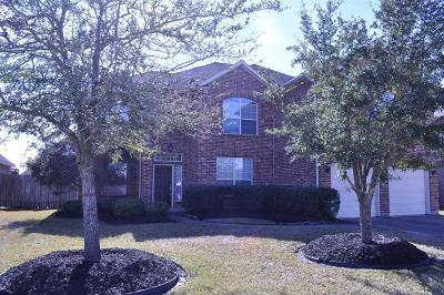 Dickinson Single Family Home For Sale: 1748 N Cypress Meadows Drive