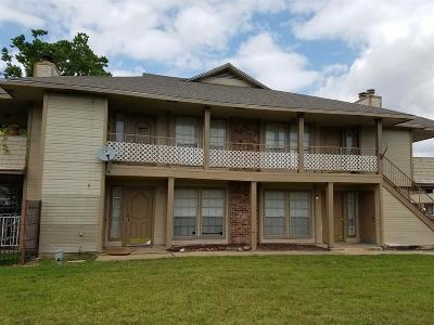 Stafford Multi Family Home For Sale: 11522 Meadow