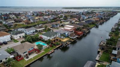 Bayou Vista Single Family Home For Sale: 894 Bonita Street