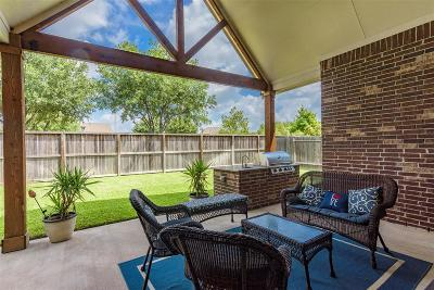 League City Single Family Home For Sale: 556 Hammersmith Lane