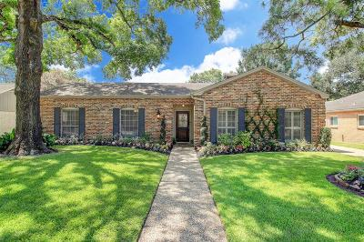 Houston Single Family Home For Sale: 10019 Overbrook Lane