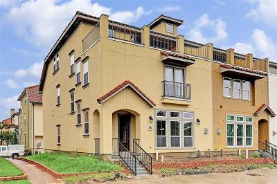 Houston Condo/Townhouse For Sale: 18 West Oaks Drive