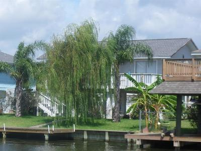 Bayou Vista Single Family Home For Sale: 1103 Redfish St Street