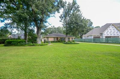 Spring Valley Village Single Family Home For Sale: 8642 Cedarbrake Drive
