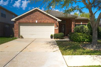 Katy TX Single Family Home For Sale: $200,000