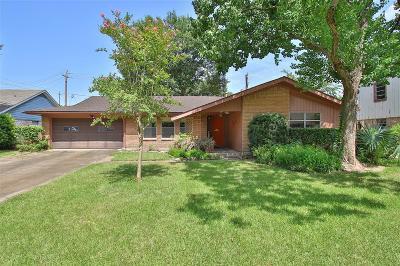 Houston Single Family Home For Sale: 4414 Deer Lodge Drive