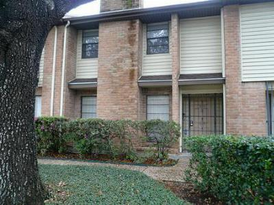 Houston TX Condo/Townhouse Sold: $249,900