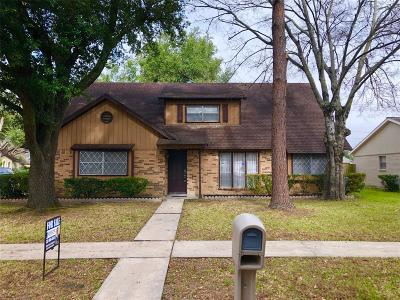Houston Single Family Home For Sale: 10310 Helmsdale Street