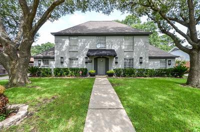 Sugar Land Single Family Home For Sale: 819 Merrick Drive