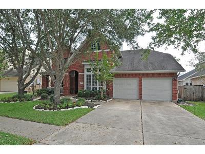 Sugar Land Single Family Home For Sale: 5907 Brook Bend Drive