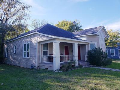 Navasota Single Family Home For Sale: 426 S La Salle Street