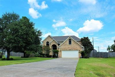 Baytown Single Family Home For Sale: 2023 Magnolia Bend