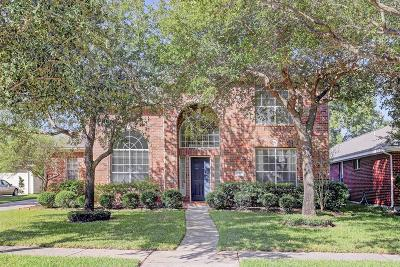 Houston Single Family Home For Sale: 5707 Pebble Bank