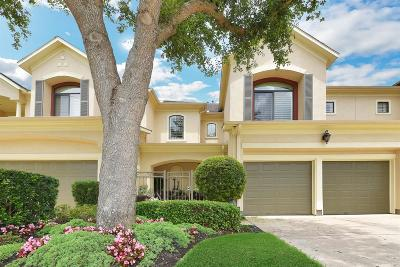 Sugar Land Condo/Townhouse For Sale: 15 Sweetwater Court