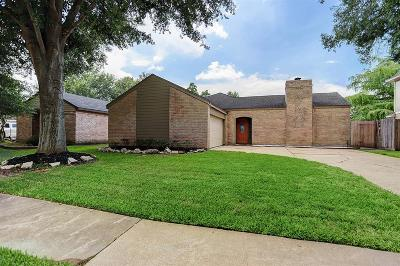 Single Family Home For Sale: 15911 Tumbling Rapids Drive