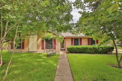 Pearland Single Family Home For Sale: 5001 Groveton Lane