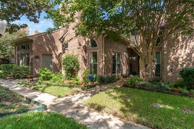 Condo/Townhouse For Sale: 1014 Memorial Village Drive
