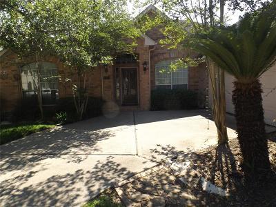 Pasadena Single Family Home For Sale: 1426 Bay Berry Lane