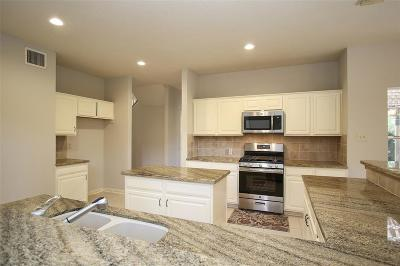 Pasadena Single Family Home For Sale: 7018 Red Coral Drive