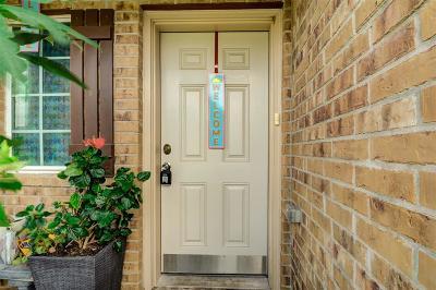 La Marque Single Family Home For Sale: 318 Shoshone Ridge Drive