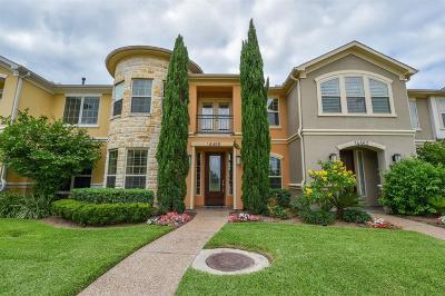 Houston Condo/Townhouse For Sale: 14466 Summerleaf Lane