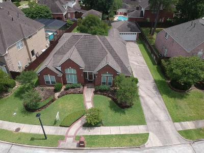 Baytown Single Family Home For Sale: 3207 Wilshire Lane