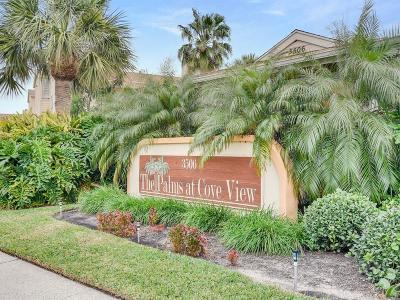 Galveston County, Harris County Condo/Townhouse For Sale: 3506 Cove View Boulevard #110