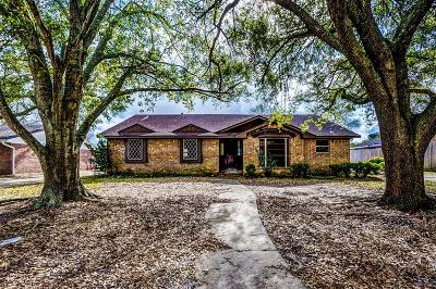 League City, League Single Family Home For Sale: 1909 Aggie Lane