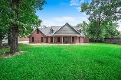 Conroe Single Family Home For Sale: 28 Lake Drive