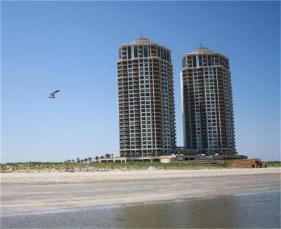 Galveston Mid/High-Rise For Sale: 801 E Beach Drive #BC1112