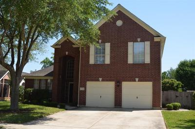 Pasadena Single Family Home For Sale: 7102 Red Coral Drive
